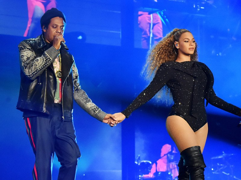 Beyoncé & JAY-Z Offer Lifetime Tickets To Vegan Challenge Winner