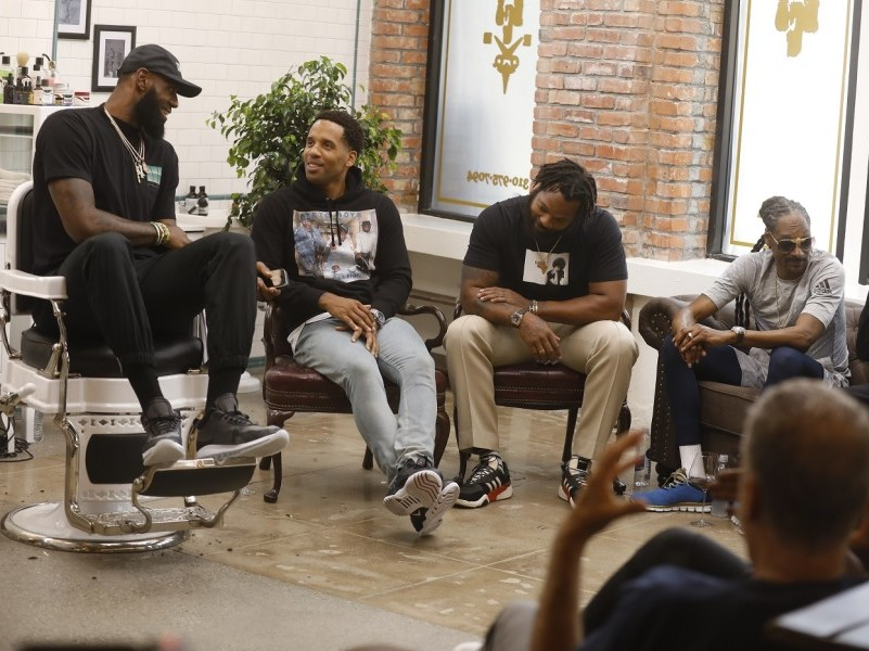 """Snoop Dogg, Vince Staples & More To Appear On LeBron James' """"The Shop"""""""