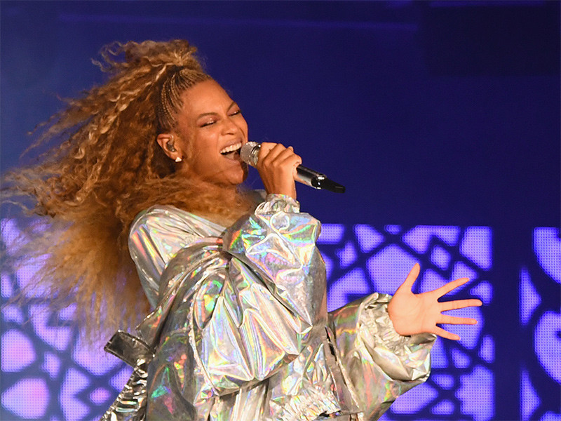 Beyoncé Explains Her Duty To Help Up-And-Coming Artists
