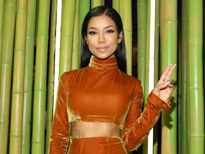 Jhené Aiko Posts Not-So-Subliminal Instagram To Big Sean