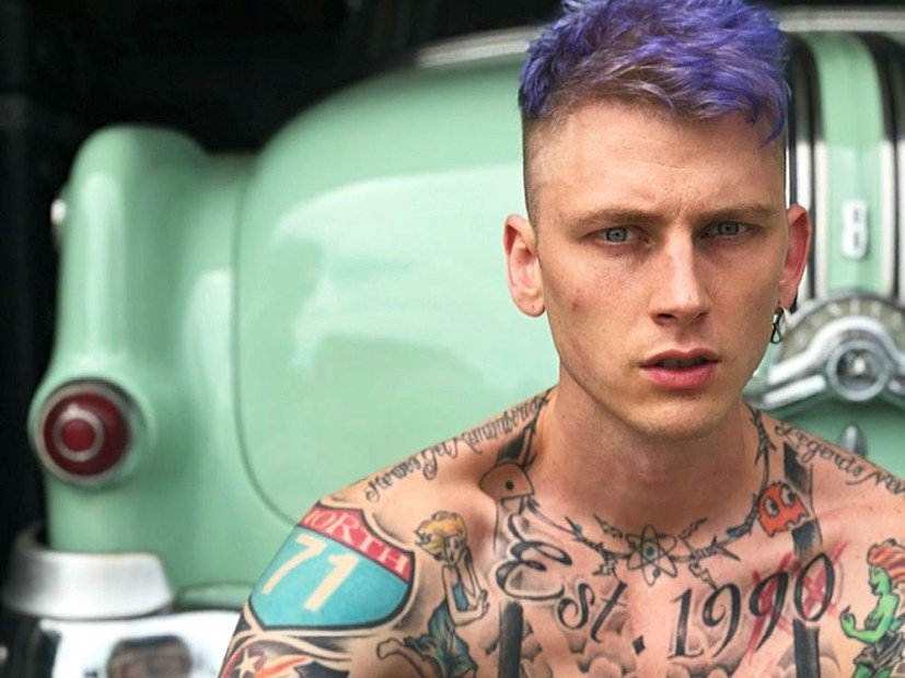 "Machine Gun Kelly Responds To Eminem's ""Killshot"" As Expected"