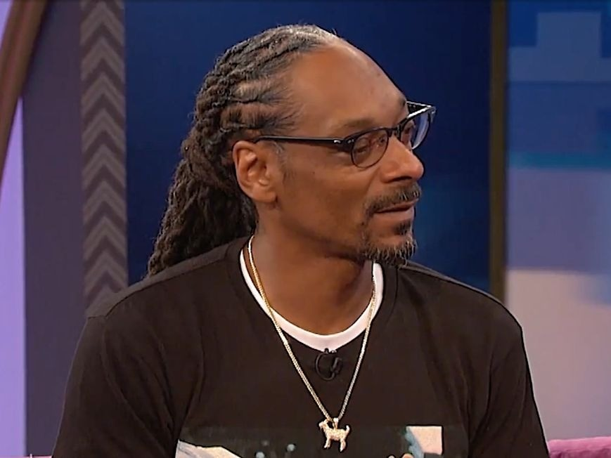 "Snoop Dogg Says His Son Is ""Very Smart"" For Quitting Football & Avoiding CTE"