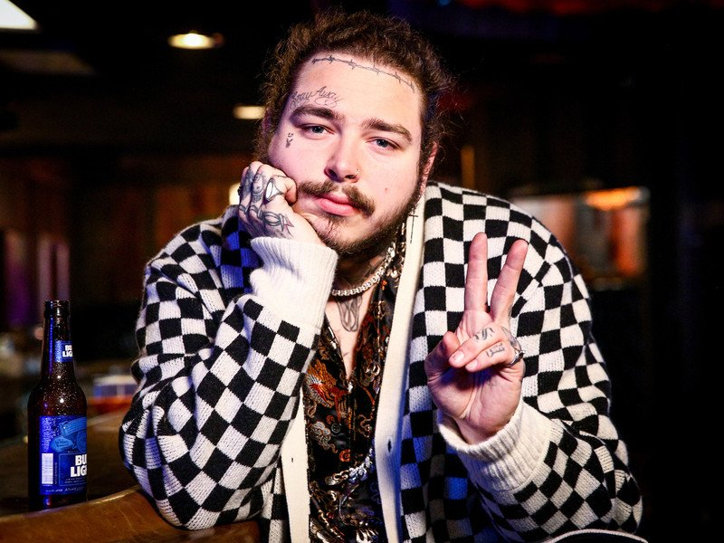 "Post Malone Bashes R. Kelly For Doing ""Fucked Up Shit"""