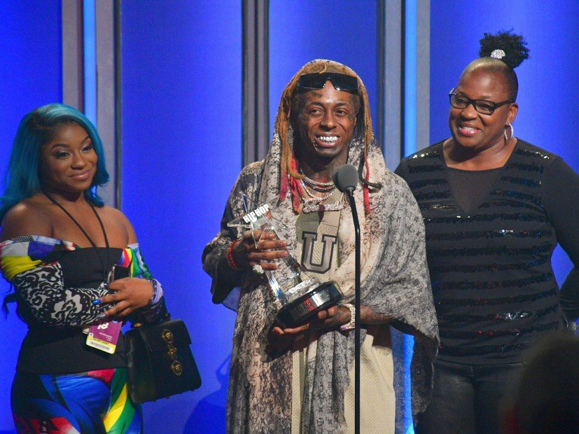 Lil Wayne Applauds White Cop Who Saved His Life During 2018 BET Hip Hop Awards Speech
