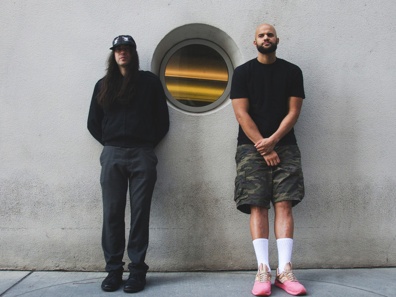 "Homeboy Sandman & Edan Discuss ""Humble Pi"" Collab & Filming Underwater"