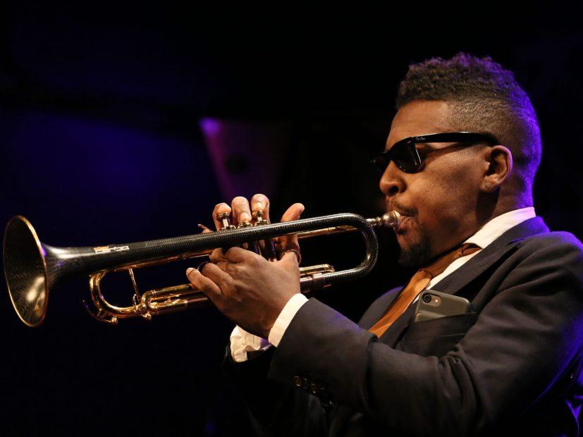 Erykah Badu, D'Angelo, Thundercat & Flea Among Those Mourning Trumpeter Roy Hargrove