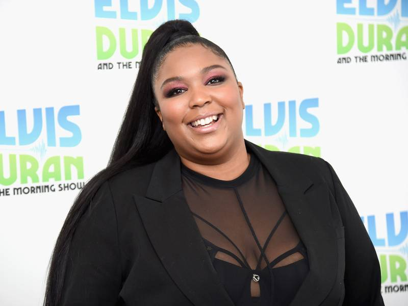 """Tweets Is Watching: Lizzo Discusses Writing """"Truth Hurts"""""""