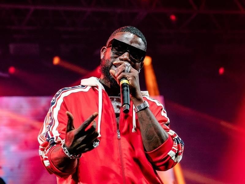 "Gucci Mane Drops ""Delusions Of Grandeur"" Album"