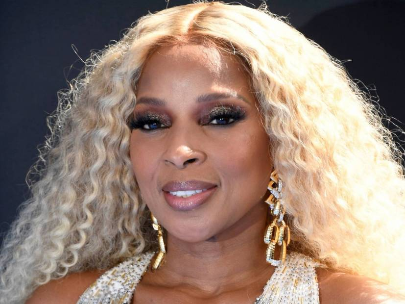 Method Man & Lil Kim Join Mary J. Blige For Explosives 2019 BET Awards Performance