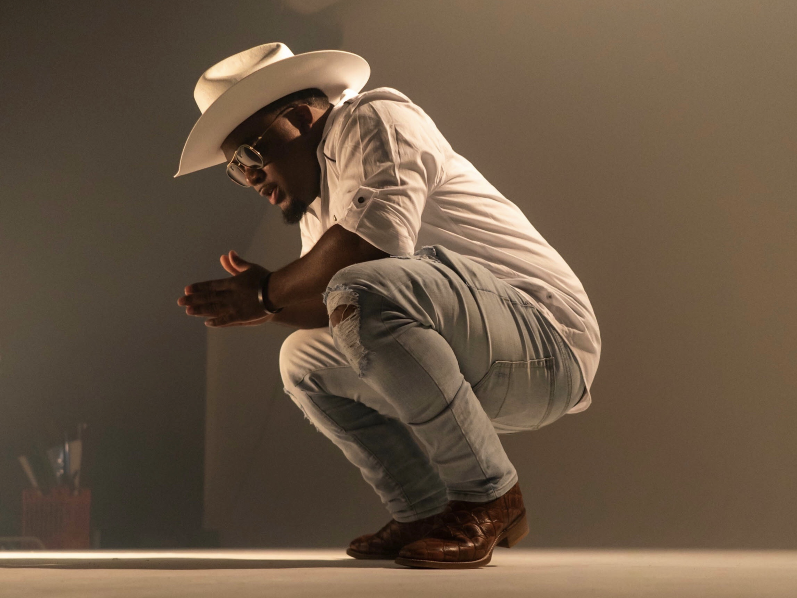 Country Trapper RMR Sets The Stage With Outrageous 'Rascal' Video