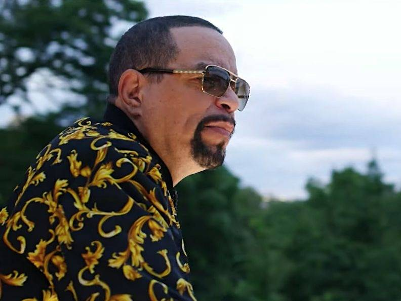 """Ice-T Dobla Su Capacidad Narrativa En """"Demasiado Viejo Para El Tonto De Mierda"""" Video"""