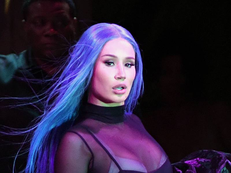 "Iggy Azalea Claps Back At T.I.'s Criticism: ""Worry About What Your Next Story Line Is For Family Hustle"""