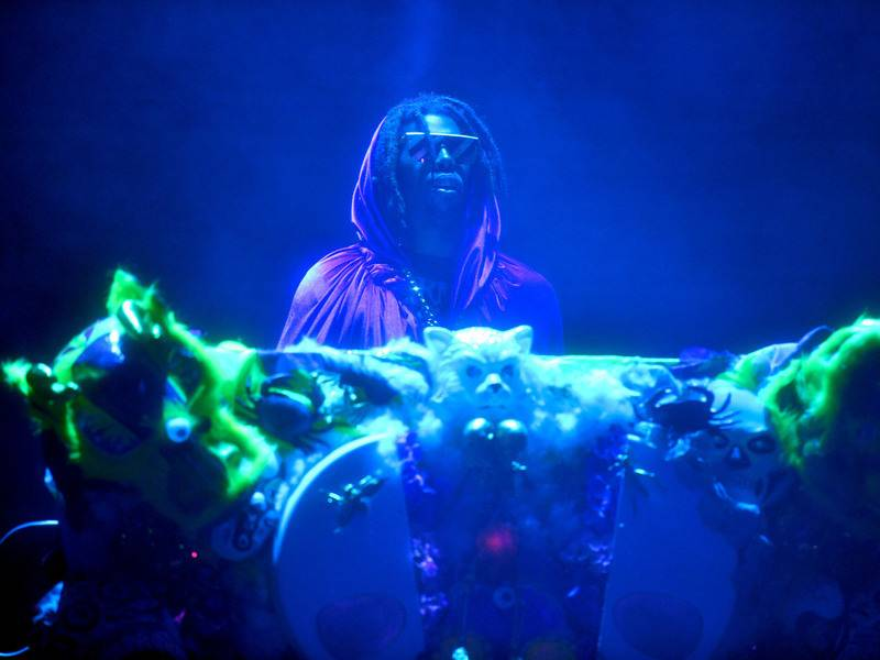 Flying Lotus Trolls Adult Swim Festival Crowd With DOOM Impostor Played By Hannibal Buress