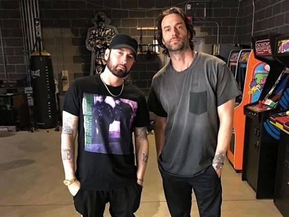 Comedian Chris D'elia Spills Of The Bands Meeting Eminem In His Detroit Studio