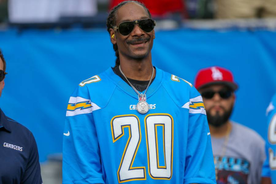 Snoop Dogg Teams With Cash Application To The Benefit Of Children With Special Needs