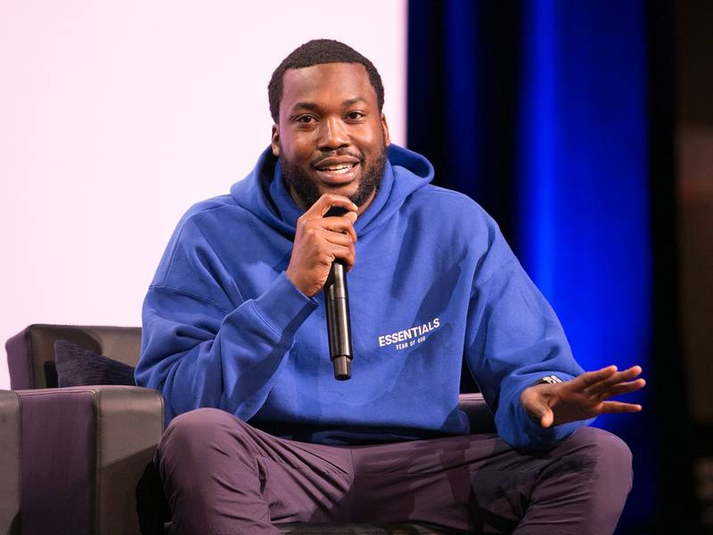 Meek Mill Attempts Peacemaking Amid Brewing Pop Smoke & Casanova Beef