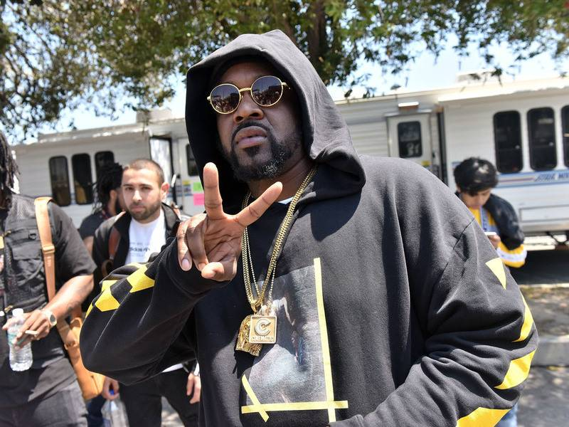 Smoke DZA Shares 'A Closed Mouth Don't Get Fed' LP