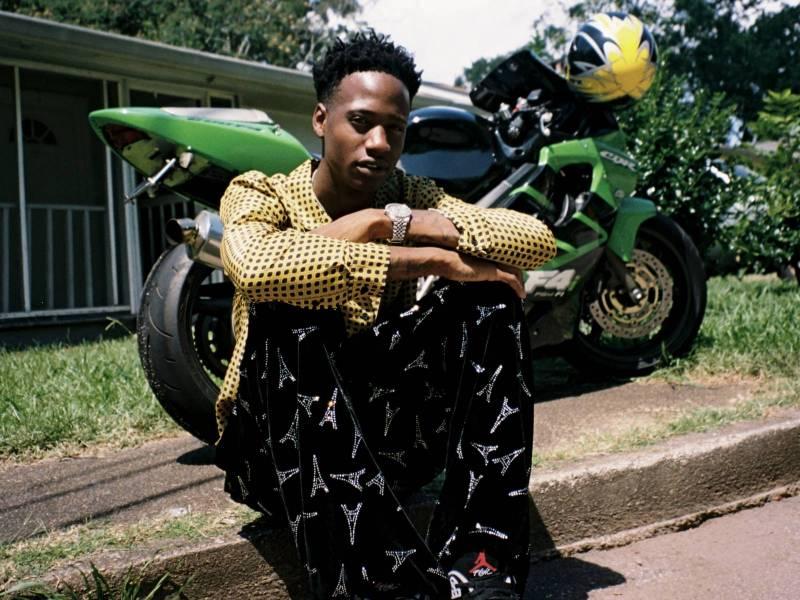 Atlanta Rapper Ola Runt Signs to Gucci Mane's 1017 Records