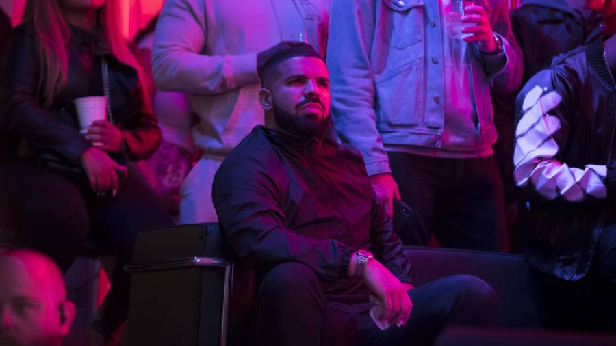 What Pandemic? Drake Allegedly Seen In Barbados In The Streets, Drink In Hand