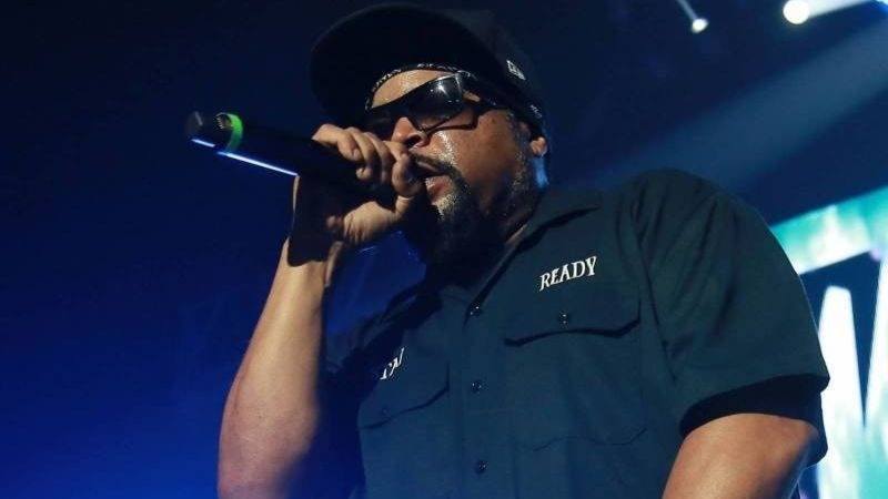 What The Hell Is Going On With Ice Cube's Twitter?