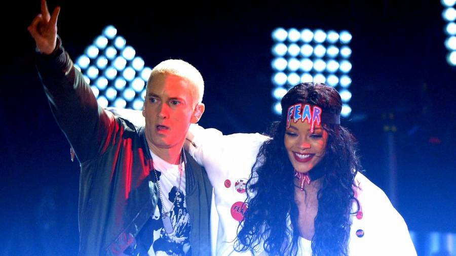 Eminem & Rihanna Madness Ensues After Cryptic Instagram Post
