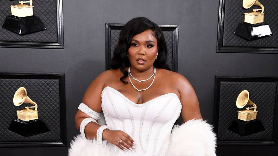 Lizzo Rounding Up Plus-Sized Models & Dancers For Upcoming Amazon Series