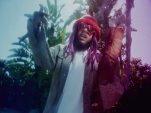 SKYXXX Connects With Valee For '14 GRAMZ' Video