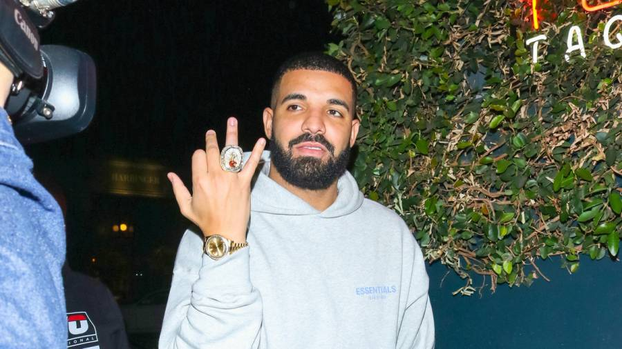 Drake & 'Everyday Struggle' Co-Host Wayno Trade Shots On Instagram: 'Ur A Nerd'