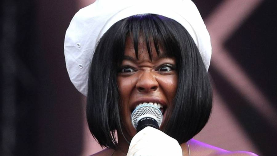 Azealia Banks Goes Nuclear On Kanye West: 'Apologize For Calling Your Wife A Whore'
