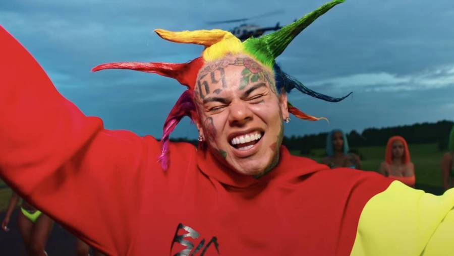 Tekashi 6ix9ine Throws Dig At Travis Scott & Kylie Jenner Over 'Astroworld' Rollout
