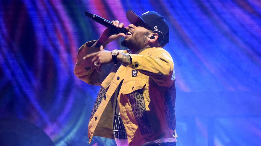 Chris Brown Leads 2020 Soul Train Awards With 4 Victories