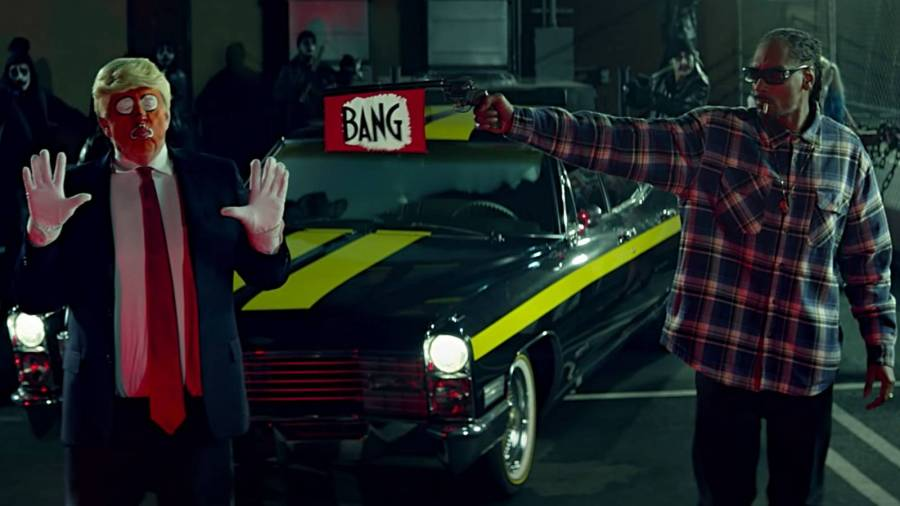 Snoop Dogg's Donald Trump Salutation Puts An End To A Hip Hop Feud That Breached The White House