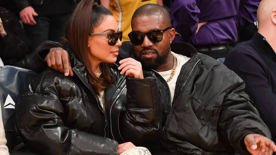 Kanye West Reportedly Gifted Kim Kardashian 5 2021 Mercedes Maybachs For Christmas Amid Divorce Allegations