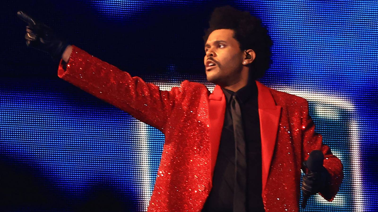 Image result for THE WEEKND FLAUNTS INSANE PEPSI SUPER BOWL RING