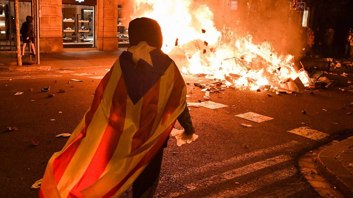 Spanish Rapper's Imprisonment Over Anti-Police Tweets Has Sparked Days Of Fiery Protests