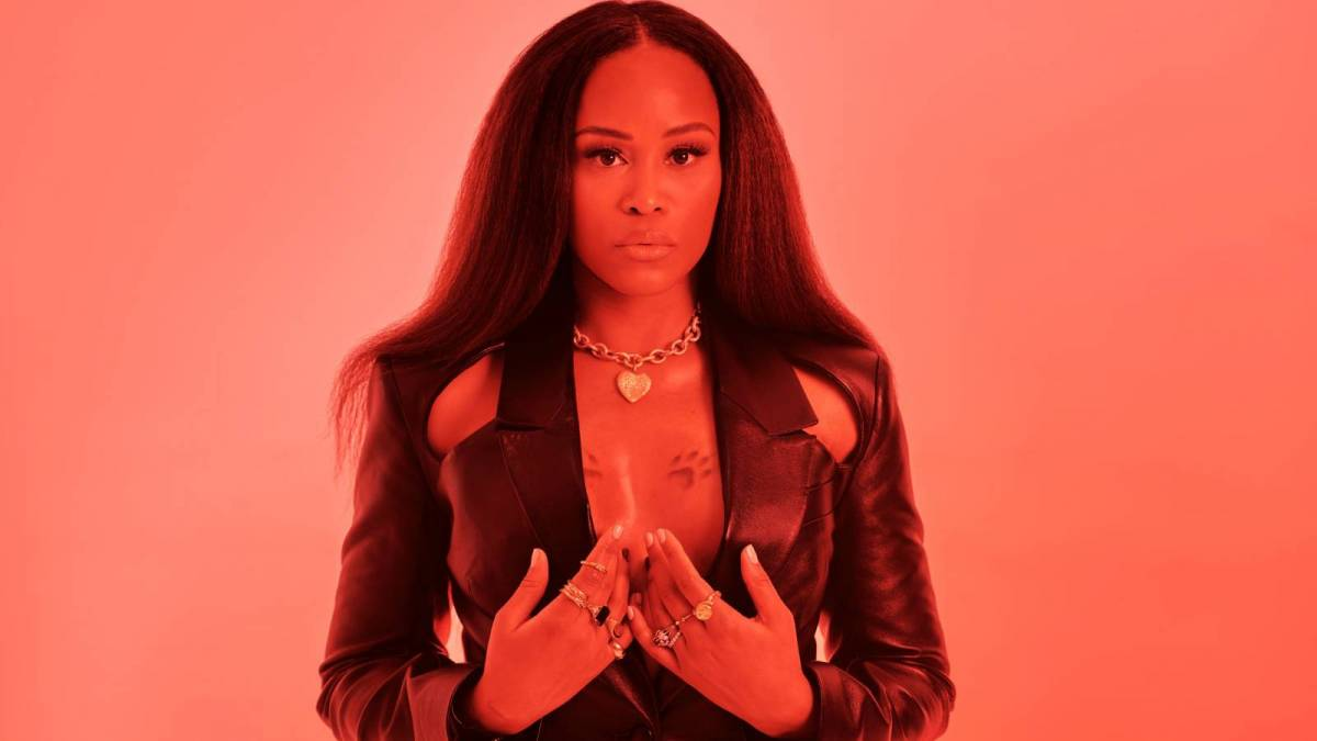 Eve Remembers Burning Her Hair Off Before 'Scorpion' Album Photo Shoot: 'It Ended Up Being A Dope Crop'