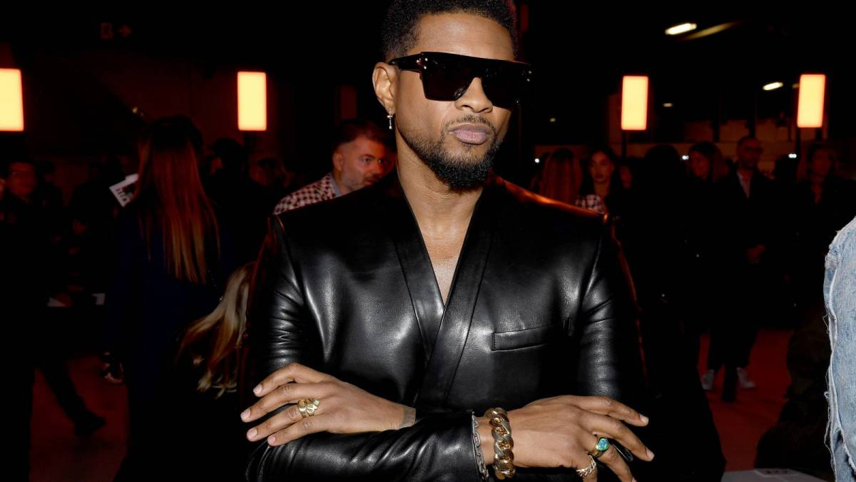 No, Usher Didn't Pay Las Vegas Strippers With Fake Money