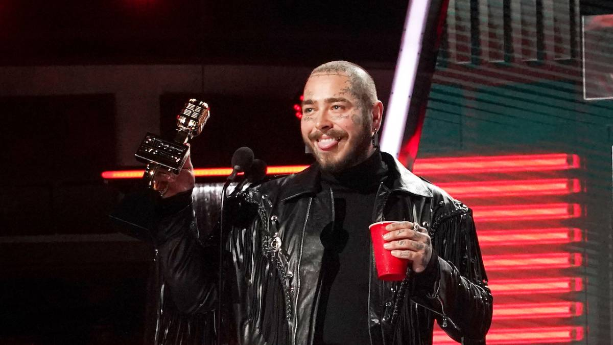 Post Malone Becomes Youngest Artist With 3 Diamond Singles