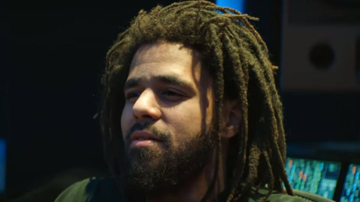 J. Cole Explains Epic 2019 Features Run With Young Thug, 21 Savage + More