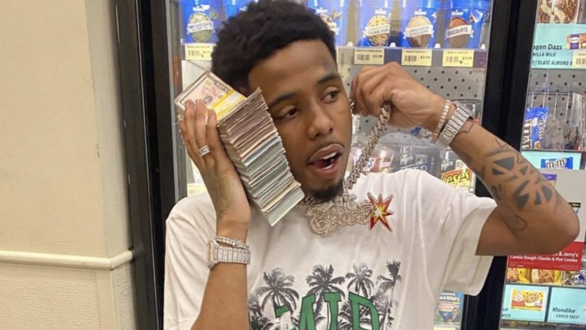 Pooh Shiesty's Instagram Full Of Cash & Cars Gives Feds Cause For Indictment