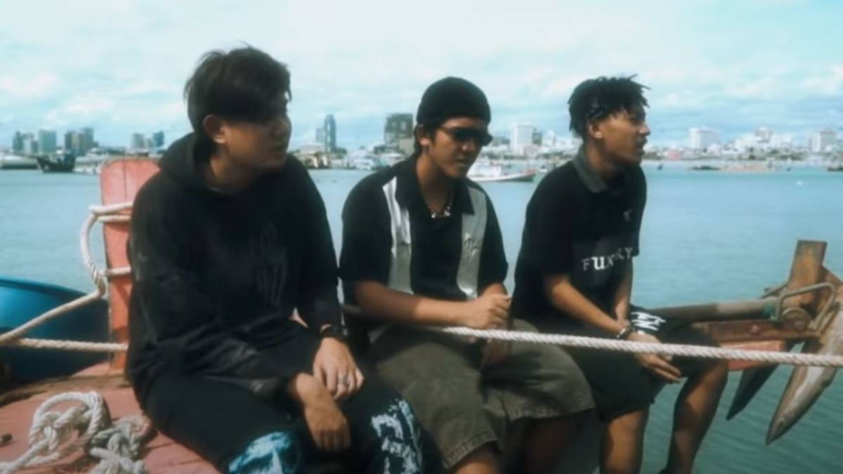Saran, 2T Flow, And The BESTS Link Up In Mellow 'แหลมบาลีฮาย'