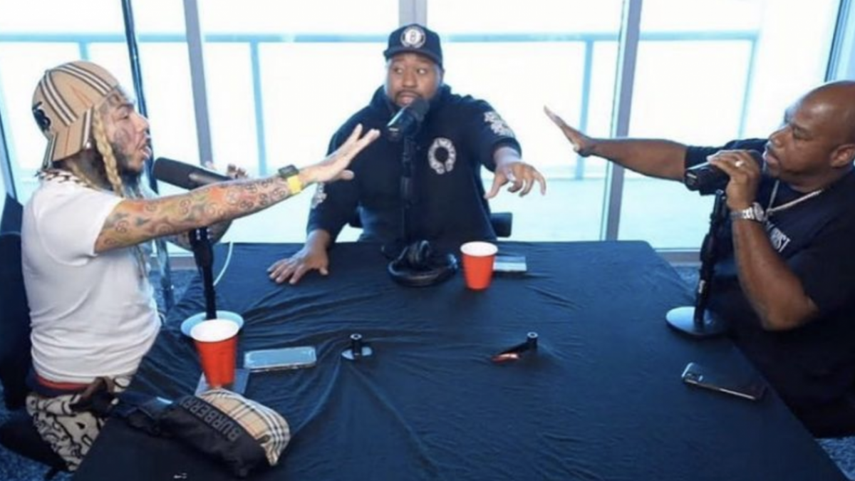6ix9ine, Akademiks & Wack 100 Talk 'YAYA' Rapper's Potential Murder