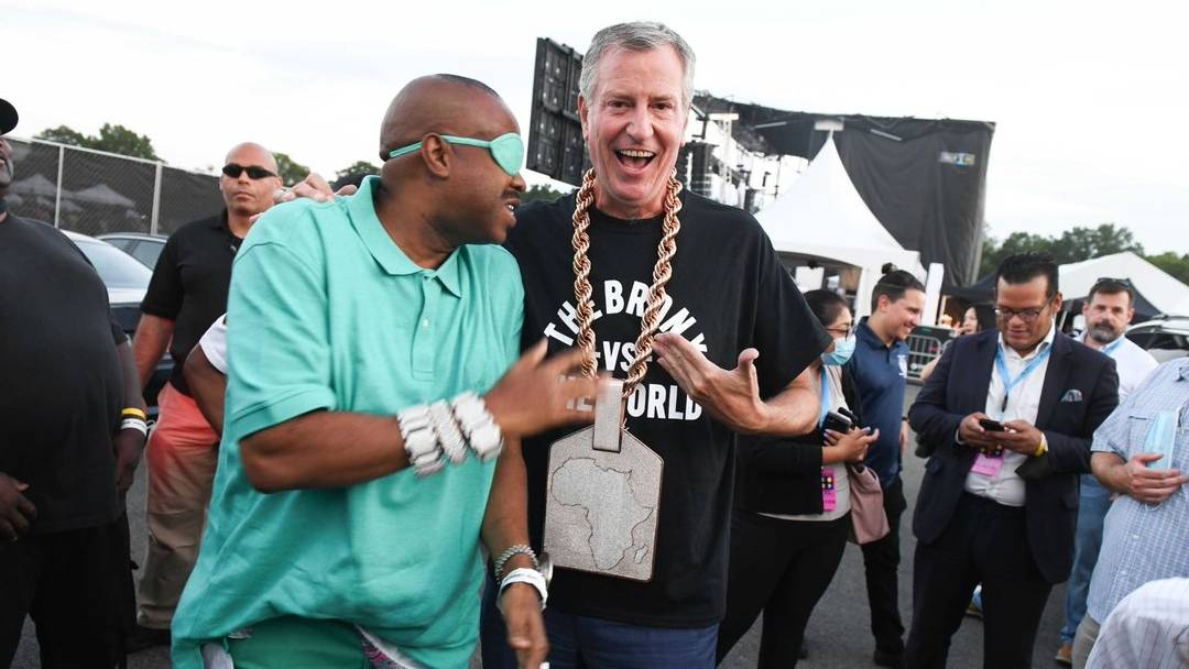 NYC Mayor Bill de Blasio Rocks Slick Rick's Chain After Hyping Star-Studded Hip Hop Shows