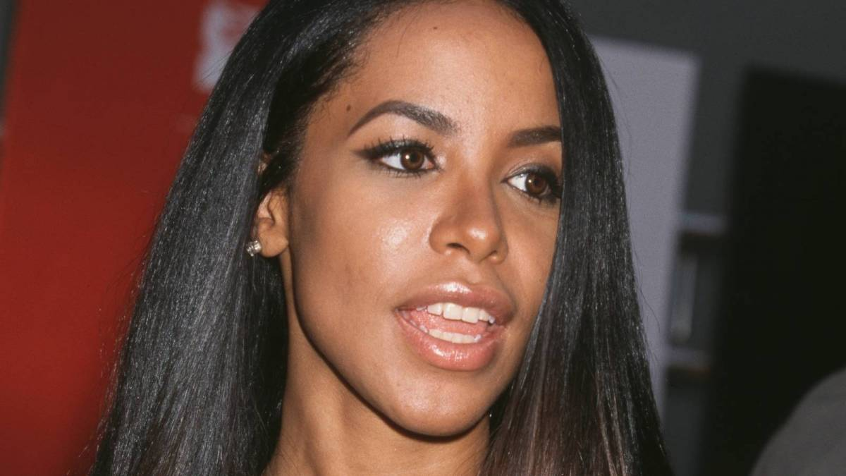 Aaliyah's Uncle + Blackground Records Co-Founder Barry Hankerson Fries Her Mother Over R. Kelly On Dr. Oz