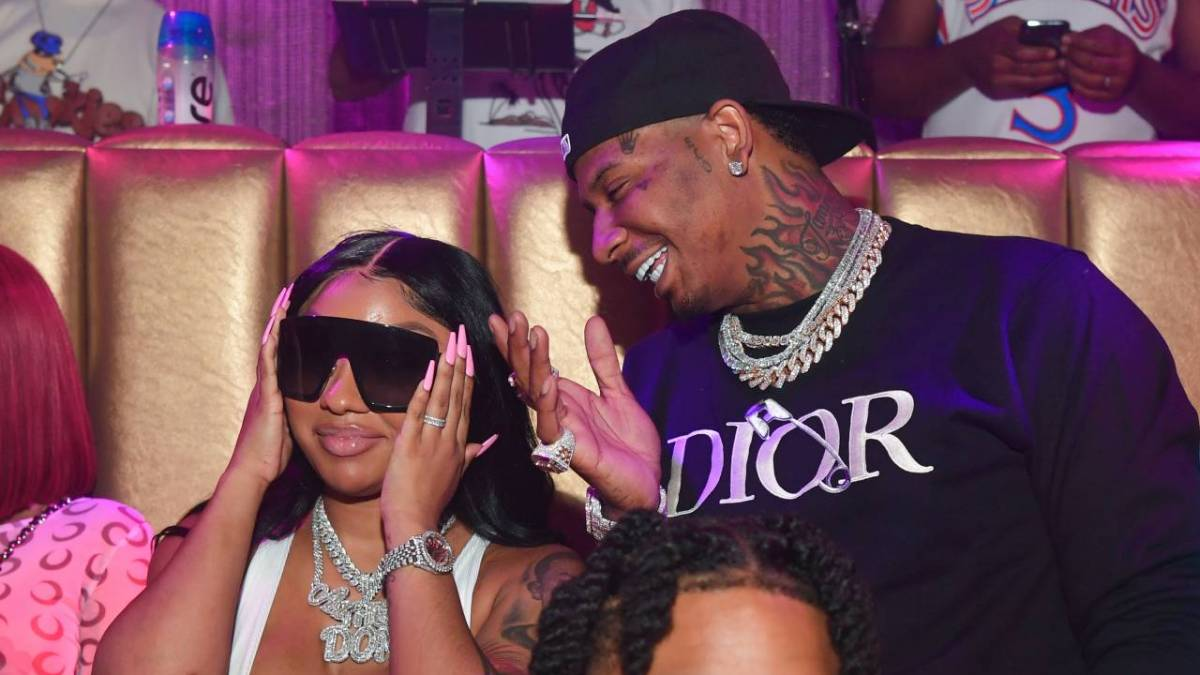 Moneybagg Yo Shows Off Lavish 30th Birthday Gifts - Including 28 Acres Of Land