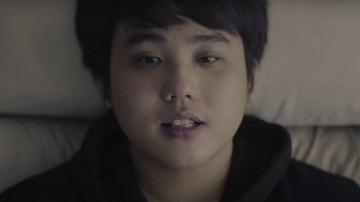 Lanzeta Falls Into A Downward Spiral In Tragic 'Isang Araw' Video