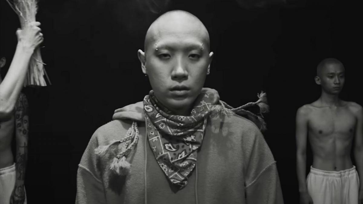 Watch Nafla Get His Head Shaved In The Video For New York Rap-Indebted Single, 'Mobb Tang'