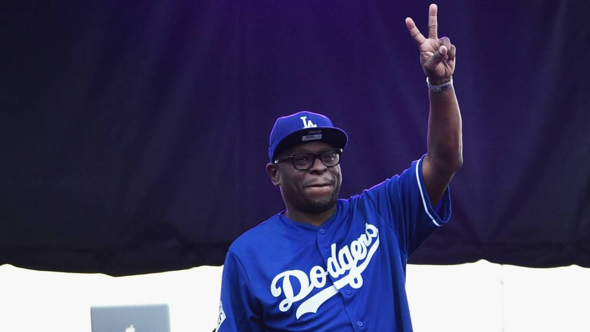 Geto Boys' Scarface Gives Thumbs Up From Hospital Bed Following Kidney Transplant