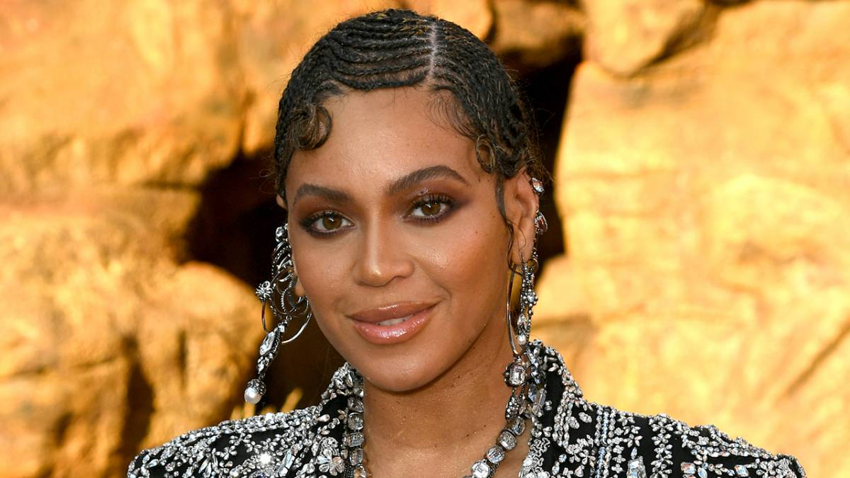 Beyoncé Teams Up With JAY-Z Roc Nation Signee For 'King Richard' Song