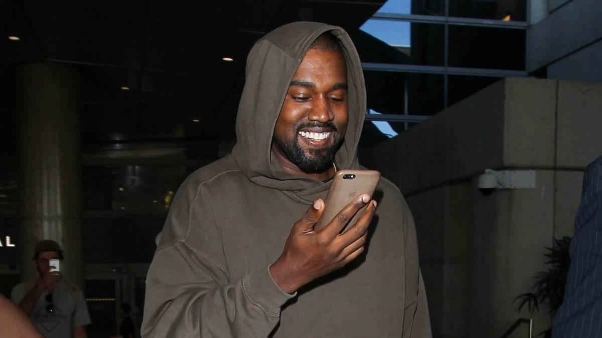 Twitter CEO Jack Dorsey Trolls Facebook With Kanye West Tweet